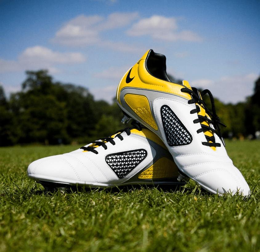 fodboldstøvler som gave til fodboldspilleren